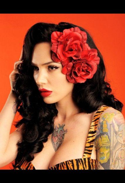 Erotic feminen tattoo pictures