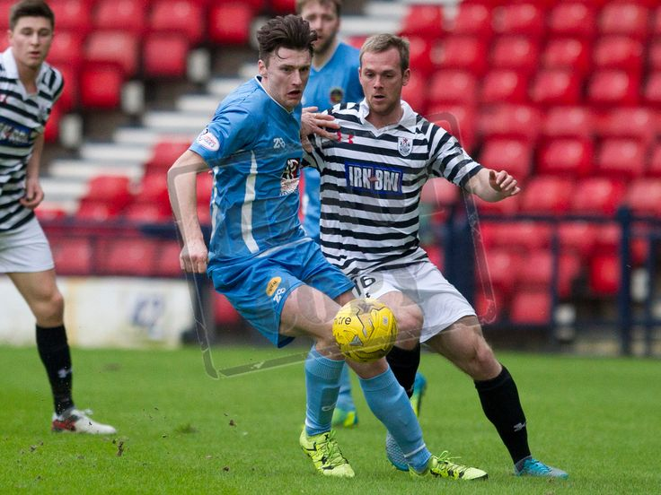 Berwick Rangers' Michael McKenna on the ball during the SPFL League Two game between Queen's Park and Berwick Rangers