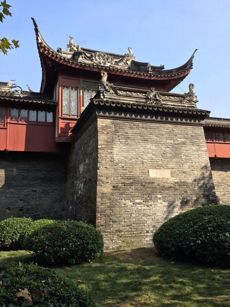 Temple ou château? Temple