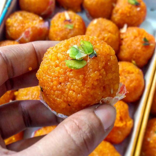 Azadi ki Salgirah Mubarak🎈  Moti choor laddoo.  .  .  .  .  .  Follow-  @the_exotic_blend   Follow-  @the_exotic_blend   Follow-  @the_exotic_blend  .  .  .  .  .  .  #instagood #instalike #instadaily #instago #instame #foodpic #foodporn #food #foodie #laddoo #motichoorladdoo #sweet #indiansweet #best #loveforfood  #tasty #yummy #snack #zomato #lovely