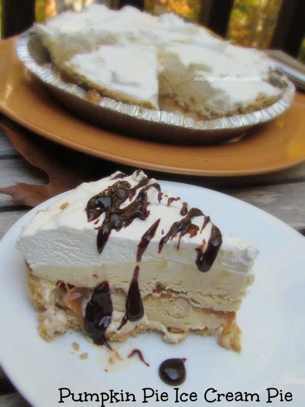 Pumpkin Pie Ice Cream Pie. It's so easy to make! | Mouths, Pumpkin ...