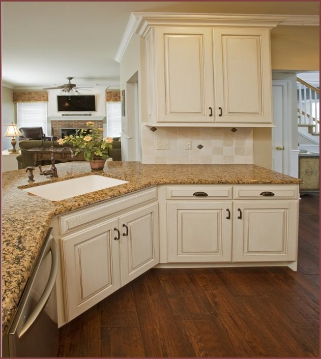 Traditional Off White Kitchen Cabinets: Traditional Antique White Kitchen Welcome! This Photo