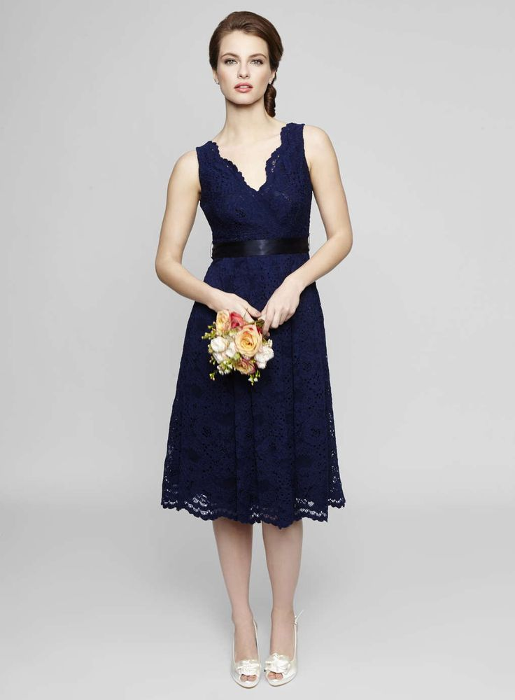 wedding dresses with lace sleeveless v neck tea length lace bridesmaid dress 9433