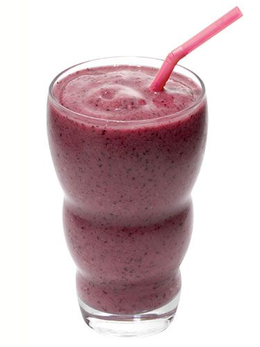 3 Smartest Smoothies - Redbookmag.com: Food Recipes, Almonds Butter, Smoothie Recipe, Hungry Girls, Ice Cubes, Healthy Breakfast Recipe, Smartest Smoothie, Bananas Berries Smoothie, Yogurt Cups