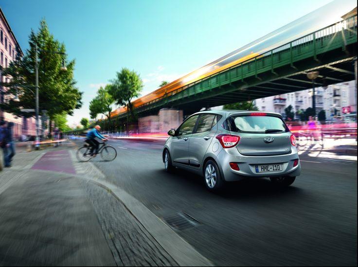 Bezpieczeństwo Poczuj się naprawdę bezpiecznie dzięki ESP, VSM i ABS oraz 6-ciu poduszkom bezpieczeństwa w standardzie i usztywnionej ramie samochodu.