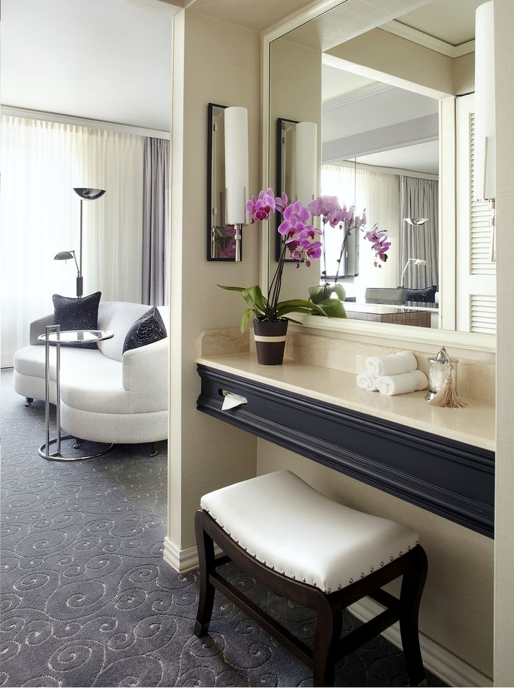 All guest rooms offer luxurious amenities. #travel #adventure #explore #destinations #vacation #montreal #canada #loews #hotel #exclusivehotels #tips #trips #traveltips #traveljournal #travelexpert #travelstore