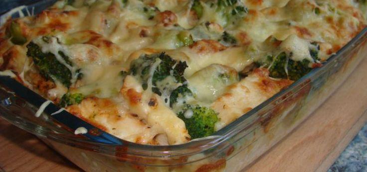 Makaronowa zapiekanka z grillowanym kurczakiem i brokułami - main