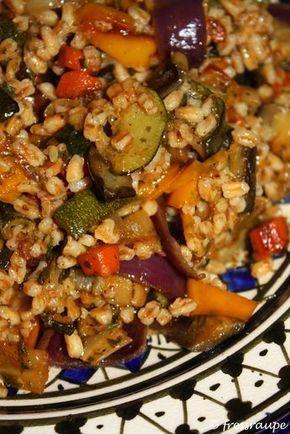 Jamie Oliver, Italian roast vegetable and farro salad, Rezept Jamie Oliver, Dinkelrisotto, Rezept mit Dinkel, Dinkel wie Reis, Rezept mit Dinkel wie Reis, Rezept für Dinkel wie Reis, Was kochen mit Dinkel wie Reis, Gegrilltes Gemüse, Warmer Salat, gesundes Rezept, Rezept mit gegrilltem Gemüse, veganes Rezept, vegane Rezepte, Gemüserisotto, Risotto mit Gemüse, vegan, eat clean, Low Carb Rezept, gesund Essen, gesunde Ernährung, leckeres Rezept von Jamie Oliver, schnelle Küche, Abendessen…