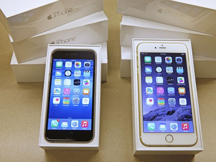 The iPhone 6S is as powerful as Apple's new MacBook, test claims (AAPL)