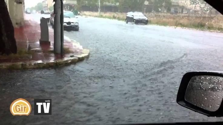 Bomba d'acqua su Grottaglie: strade e scantinati allagati