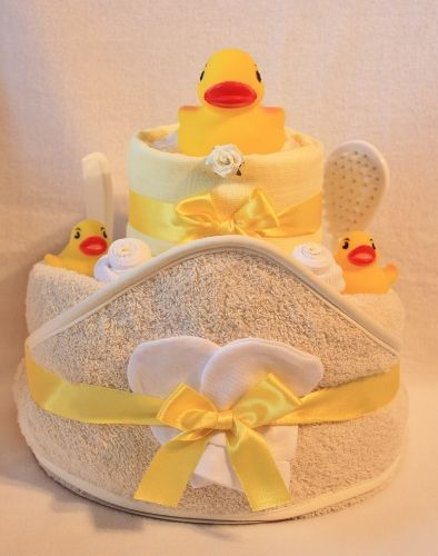 Unisex Baby Nappy Cake with Bath time Rubber Ducks - Crafty Magpie