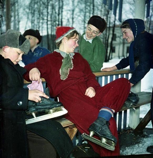 Катание на коньках, 1958 г.