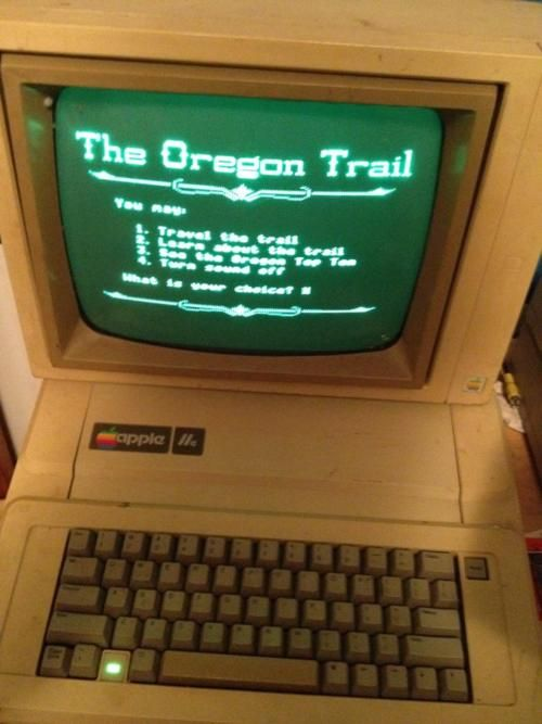 FLASHBACK.: Middle Schools, Old Schools, Oregontrail, Computers Labs, Remember This, Apples Computers, 5Th Grade, Oregon Trail, Elementary Schools