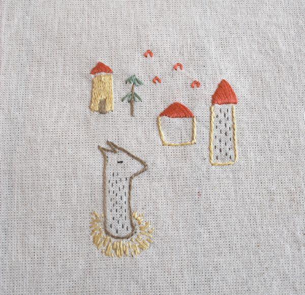 bordados: bordados a mano // handmade embroidery - llama