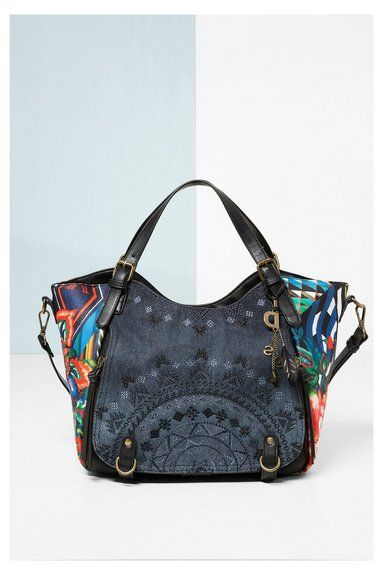 Shop the coolest Desigual women's bags, with free delivery and returns to store. 10% discount when you spend €100 or more!