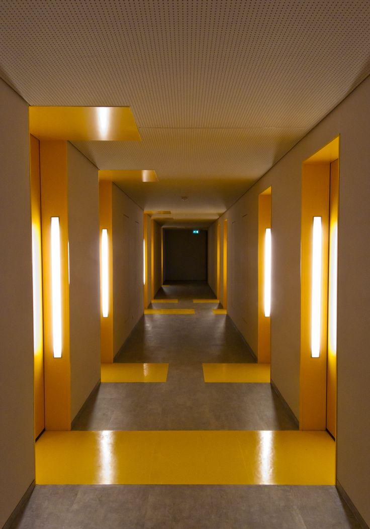 DUWO student housing, hallway at Uilenstede, Amstelveen