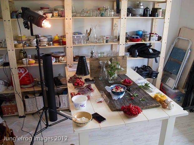 Artificial light setup foodphotography | insimoneskitchen.com