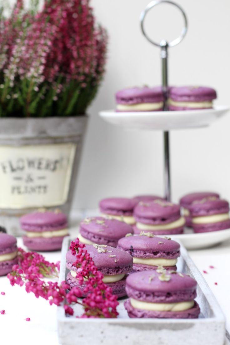 Lila Versuchung: Macarons mit Lavendel-Ganache - Biskuitwerkstatt