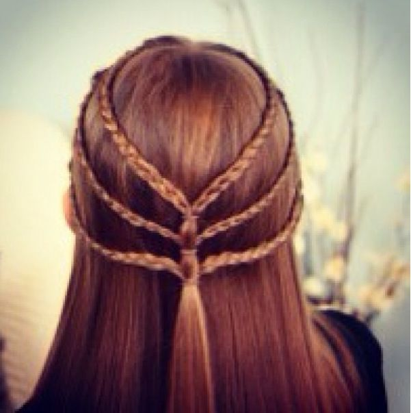 Lord Of The Rings Ish Hairstyles For Little Girls