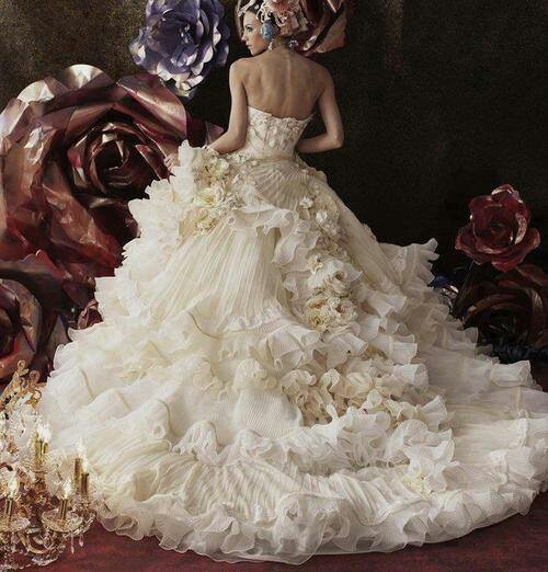 Extravagant Princess Wedding Dresses : Extravagant wedding dress mon mariage