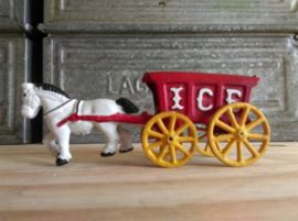 Oud Vintage Antiek Hubley Paard en Wagen IJs