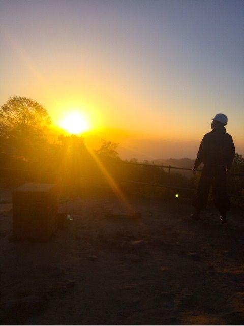 ヒマラヤ山脈からの朝日が綺麗!ヒマラヤ山脈の見所!