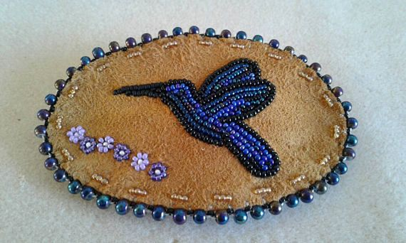Check out this item in my Etsy shop https://www.etsy.com/listing/261891100/hummingbird-barrette