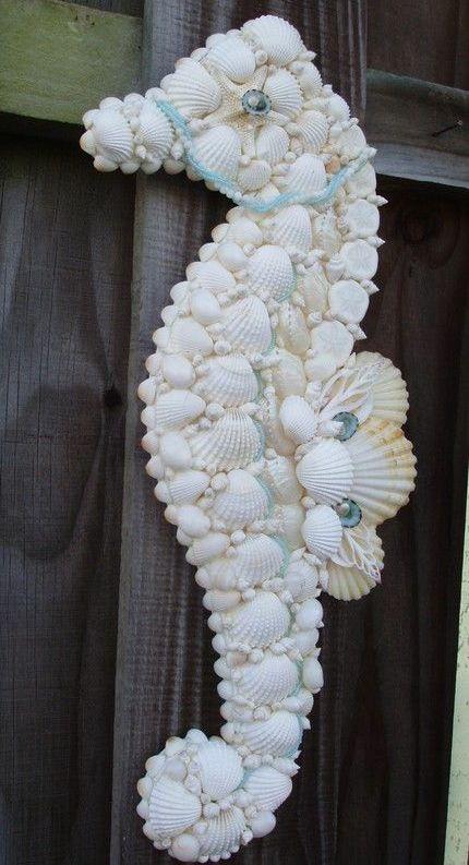 Seahorse made of seashells :)