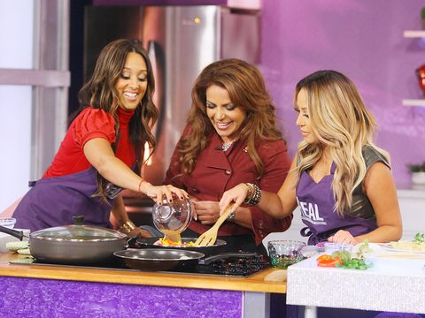 In celebration of Hispanic Heritage Month, find out how to make some of your favorite Latin dishes with half the calories! Check out Chef LaLa's delicious chicken enchiladas and paella recipes that you can enjoy without the guilt!