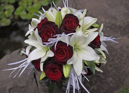 Simple Red And White Bridal Bouquet Wedding Flowers