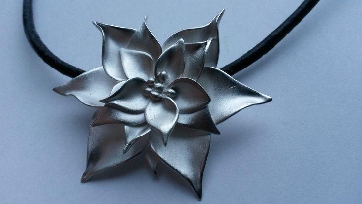 "Artclay Christmas flower: ""Flores the Noche Buena"" made of 20 gram Artclay Silver November 2014."