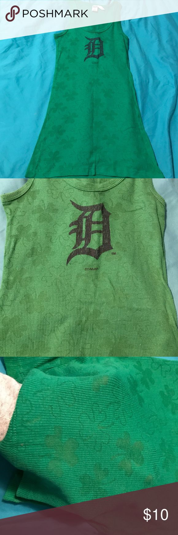 Detroit tigers green shamrock D tank lace Size large. Bought at a tigers game. 🚫no trades🚫 Tops Tank Tops