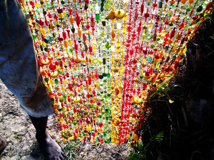 #Beads curtain with Ghana colors, De bien belles journees entre Busua Inn et Ezile Bay, lovely Ghana! | Ghana : Entre Busua Inn et Ezile Bay Village