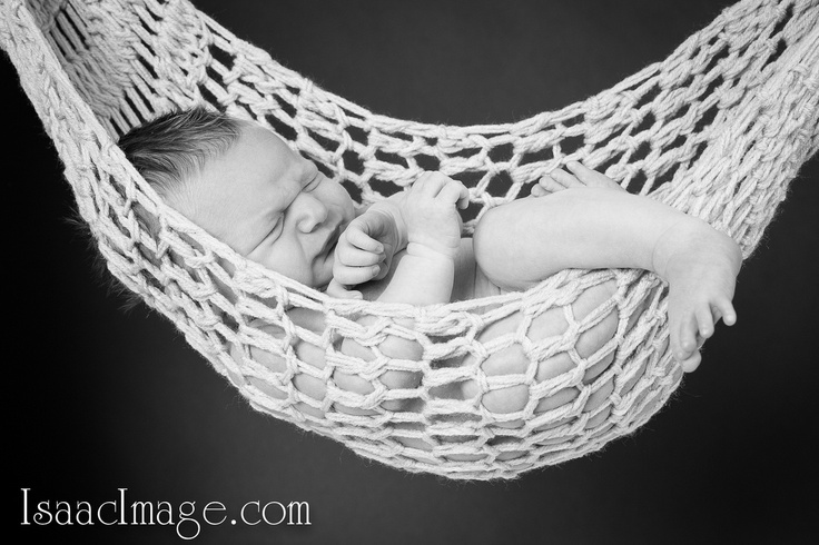 Newborn photography by IsaacImage Toronto wedding and portrait photography studio !!!