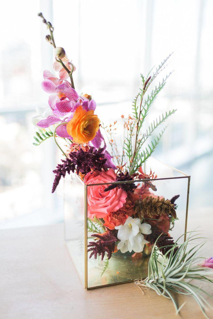 Modern Floral Centerpiece Modern Flower Arrangements Modern Wedding Flowers Arrangements Wedding Flower Arrangements