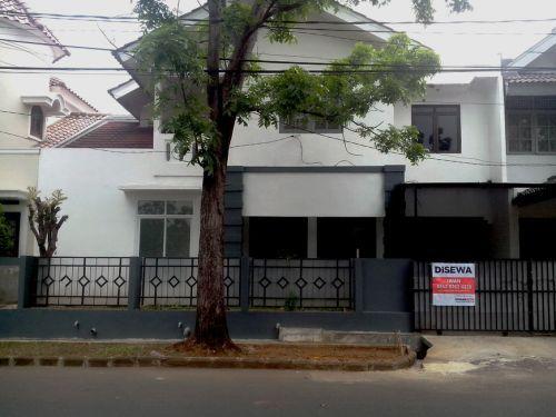 Disewakan Rumah di Bintaro Tmn Permata 1 Dekat Sekolah Jepang Jln Titihan Raya Permata 1 Bintaro Sektor 9, Perigi Pondok Aren » Tangerang Selatan » Banten