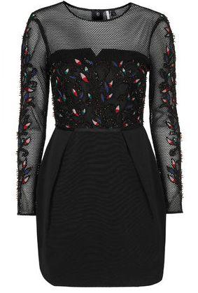 Look noir fantaisiste http://parisunderwear.fr/robe-noire-fantaisie/