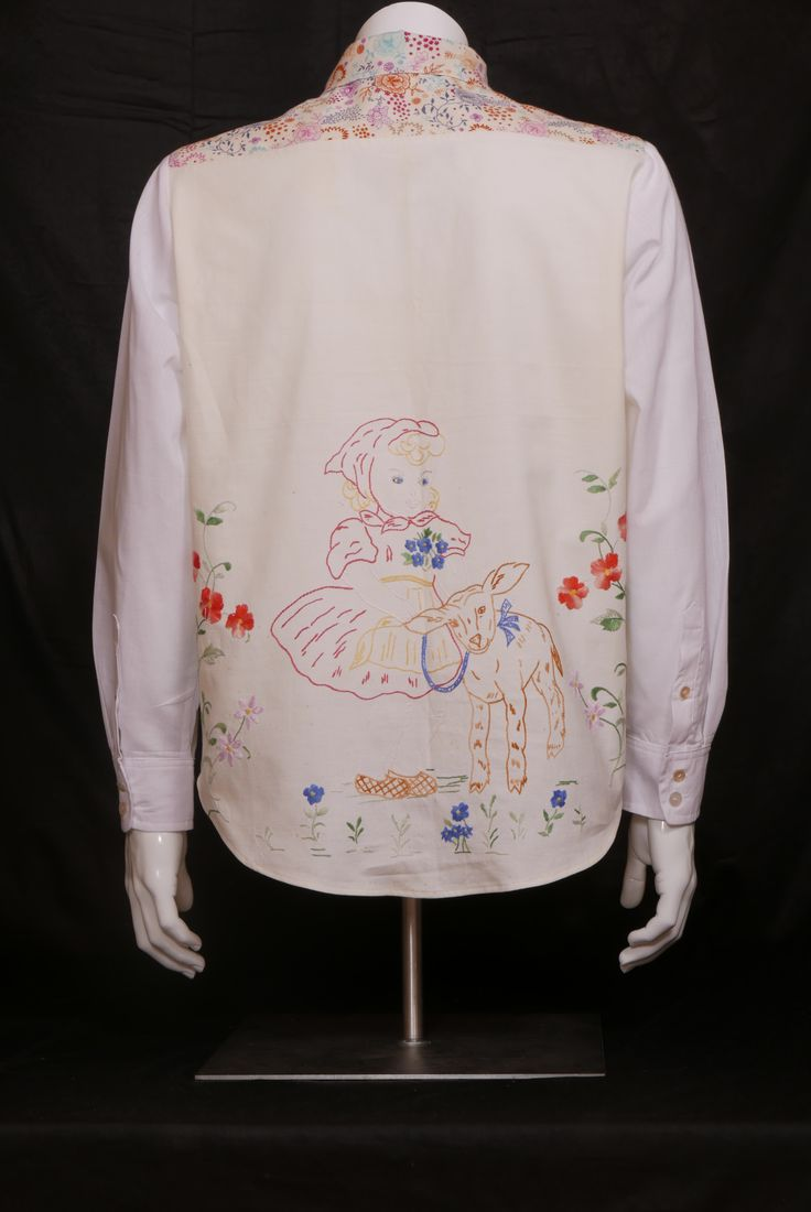 Bet You're a Pet Cotton. Size M.  WILL ELLE collection, SYSI design