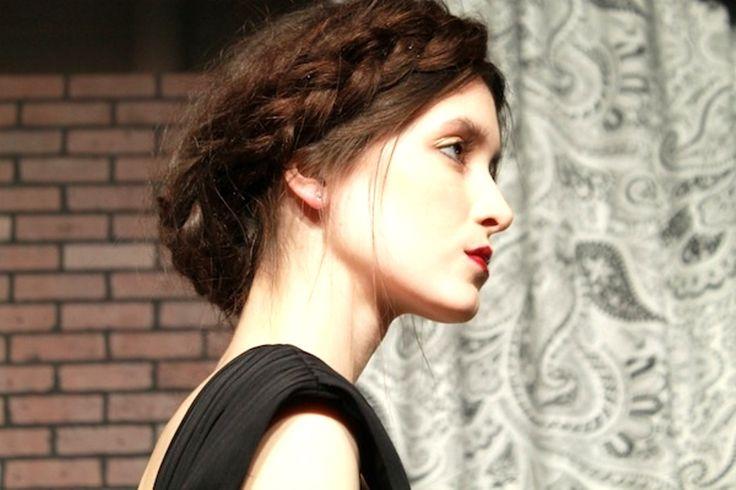 Μικρές γαλλικές κοτσίδες για να στολίσετε τα μαλλιά σας Ρομαντικές, bohemian για μακριά μαλλιά ή και καρέ!