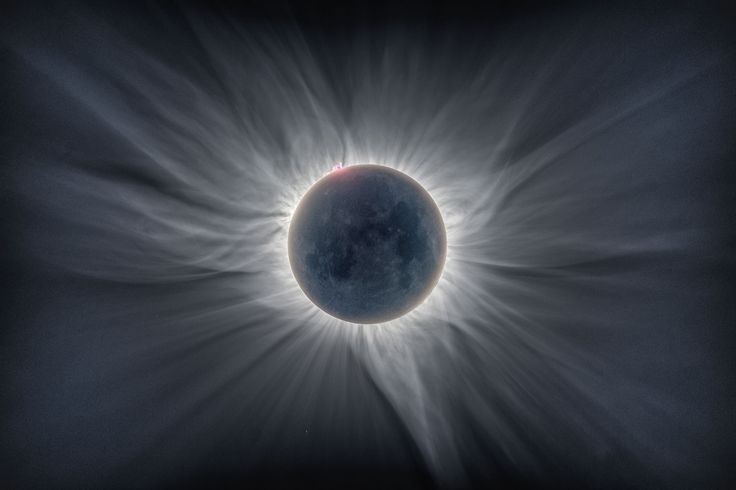 This image was named 'Runner-up' in the so-called 'Our Sun-category', which includes images of the sun, eclipses or passenger. The image is a composite of 12 different pictures of the eclipse March 9, 2016 as seen from Tidore Island in eastern Indonesia. Photo: Catalin Beldea and Alson Wong.