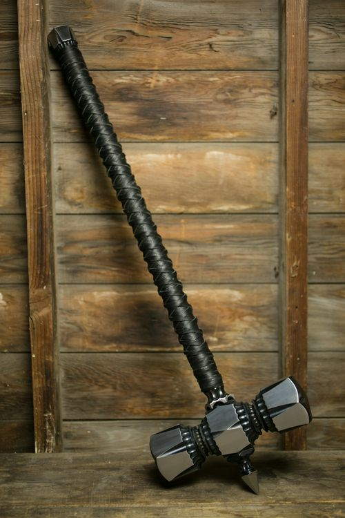 War Hammer ( Man I want this...So Purty.... Wonder if I could lift it... Much less swing it...lol CW)