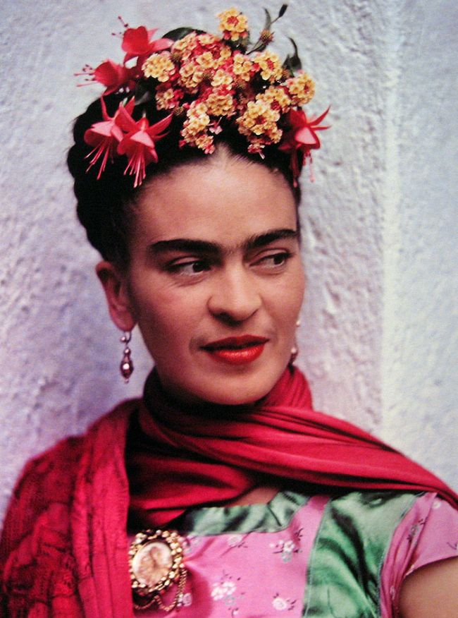 Feb. 1 2013 Collector's Weekly.  Wonderful article 'Uncovering Clues in Frida Kahlo's Private Wardrobe' about Frida's personal items recently made available for public viewing at La Casa Azul.  I have several more related pins on my 'La Frida (Kahlo)' board.