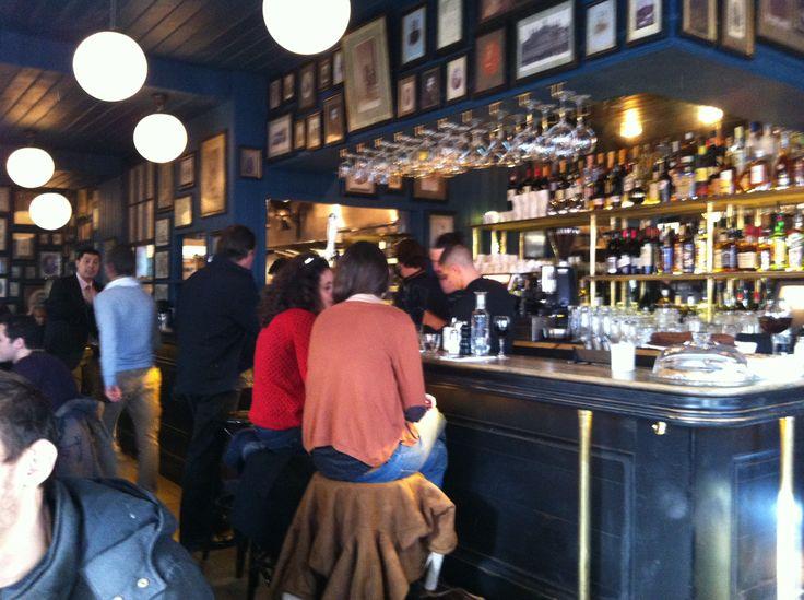 Le Napoléon 73 rue du Faubourg Saint Denis Paris 10e. Le Bar Décor signé Clémence et Clément Goutal