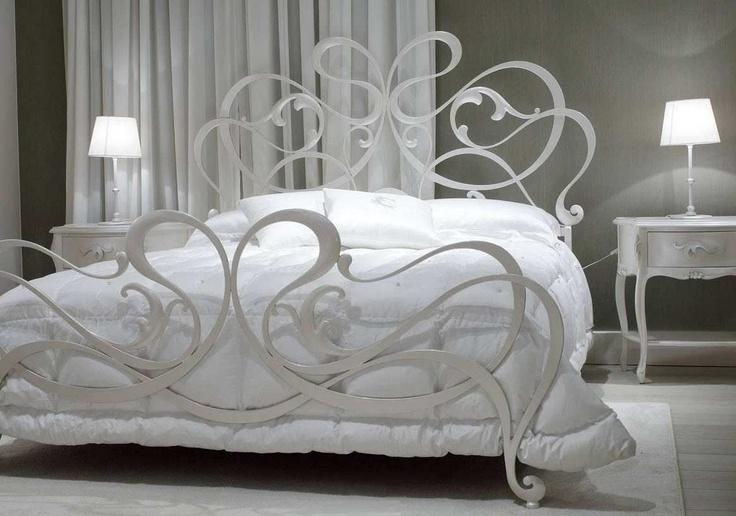 Design double bed  ROCCO