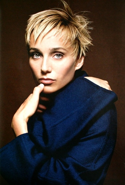 Kristin Scott Thomas - love her elegance and grace on screen, and love her hair here