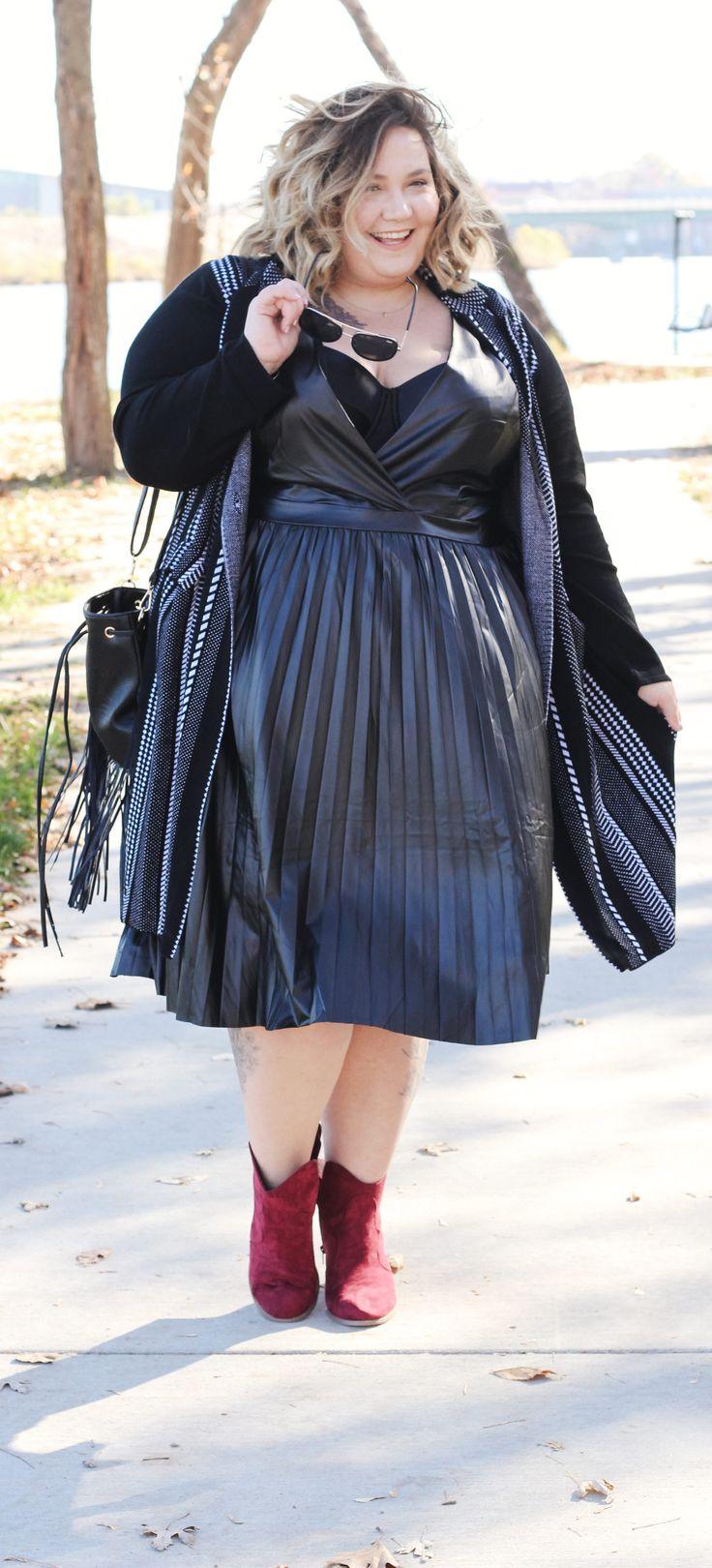 Trendy Plus Size Style // Fatgirlflow.com