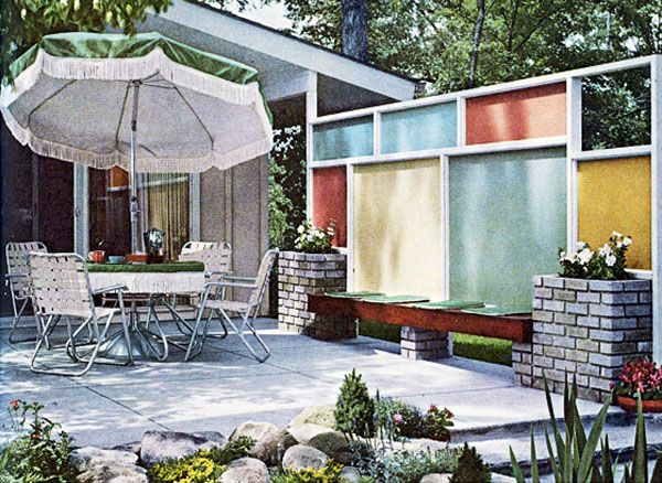 Outdoor Entertaining In Mid Century Style