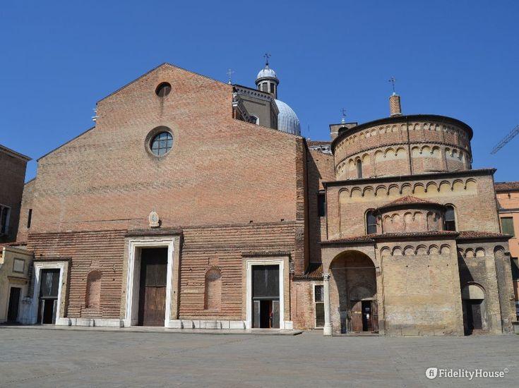 La Basilica Cattedrale dedicata a Santa Maria Assunta è il cuore delle chiese di tutta la Diocesi, qui infatti celebra il Vescovo