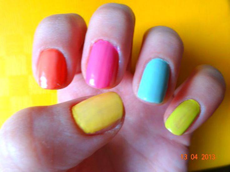 Výsledek obrázku pro neonové nehty