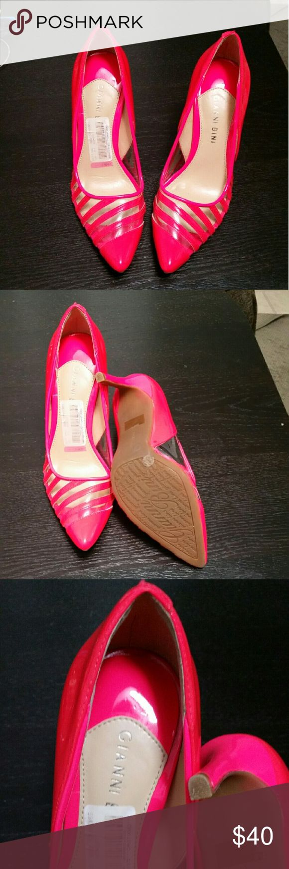 Gorgeous Gianni Bini coral pumps. Sale!! These heels are super cute and sexy.  Size says 7 1/2 but will fit a size 7 as it runs small. Gianni Bini Shoes Heels